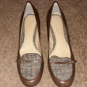 Naturalizer leather and wool heels